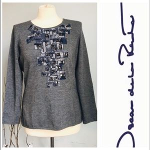 Authentic NWOT Oscar de la Renta grey blouse